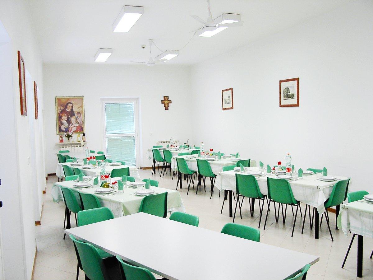 Pilgrim's house Casa San Francesco - dining room