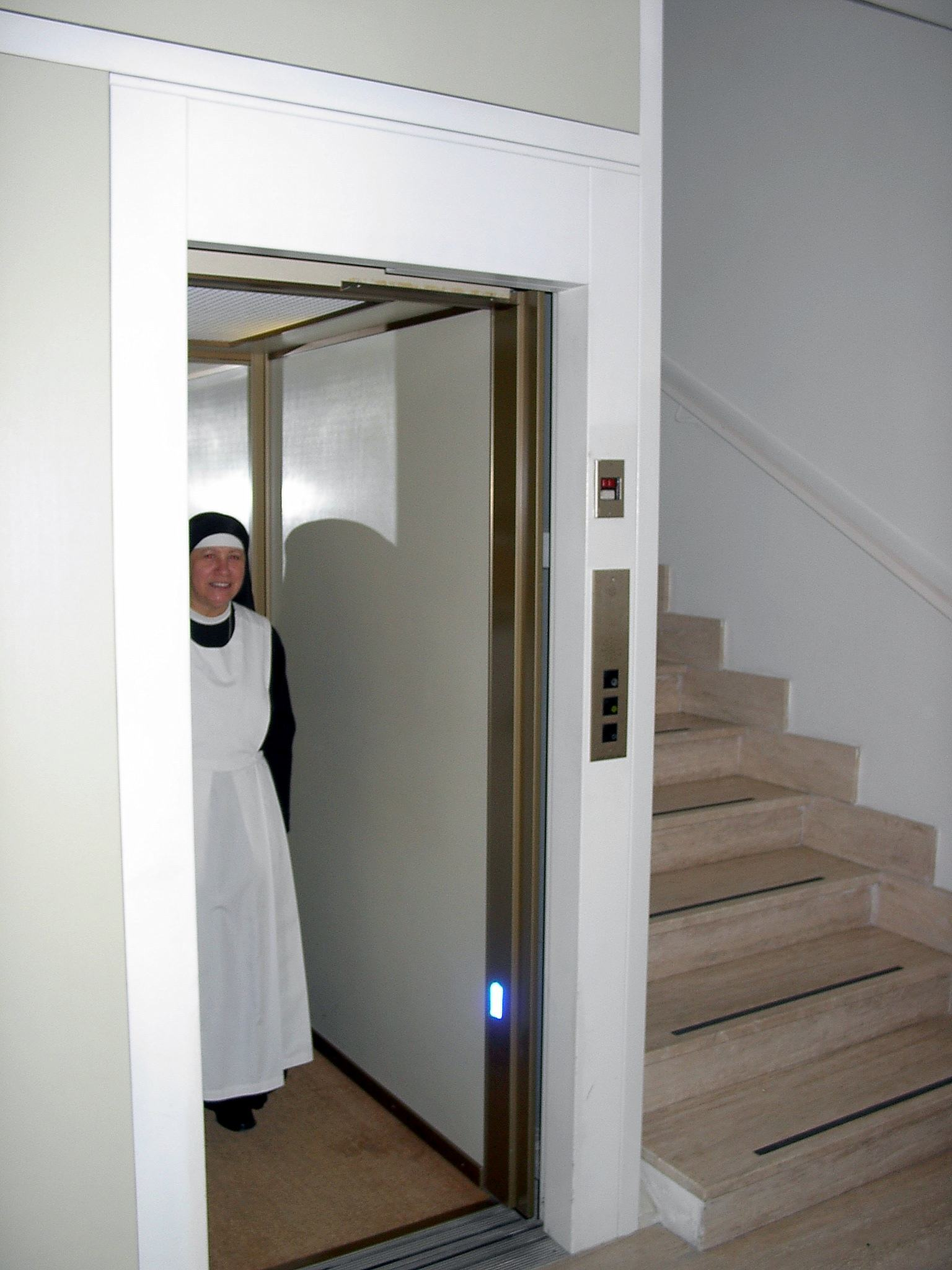 Pilgrim's house Casa San Francesco - lift