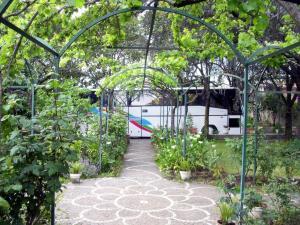 Casa San Francesco - giardino